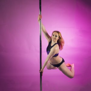 Pole Dance Classes Beginners-Amateurs